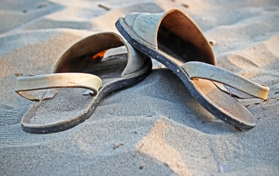 How to get your own 'cheap sandals' cheap